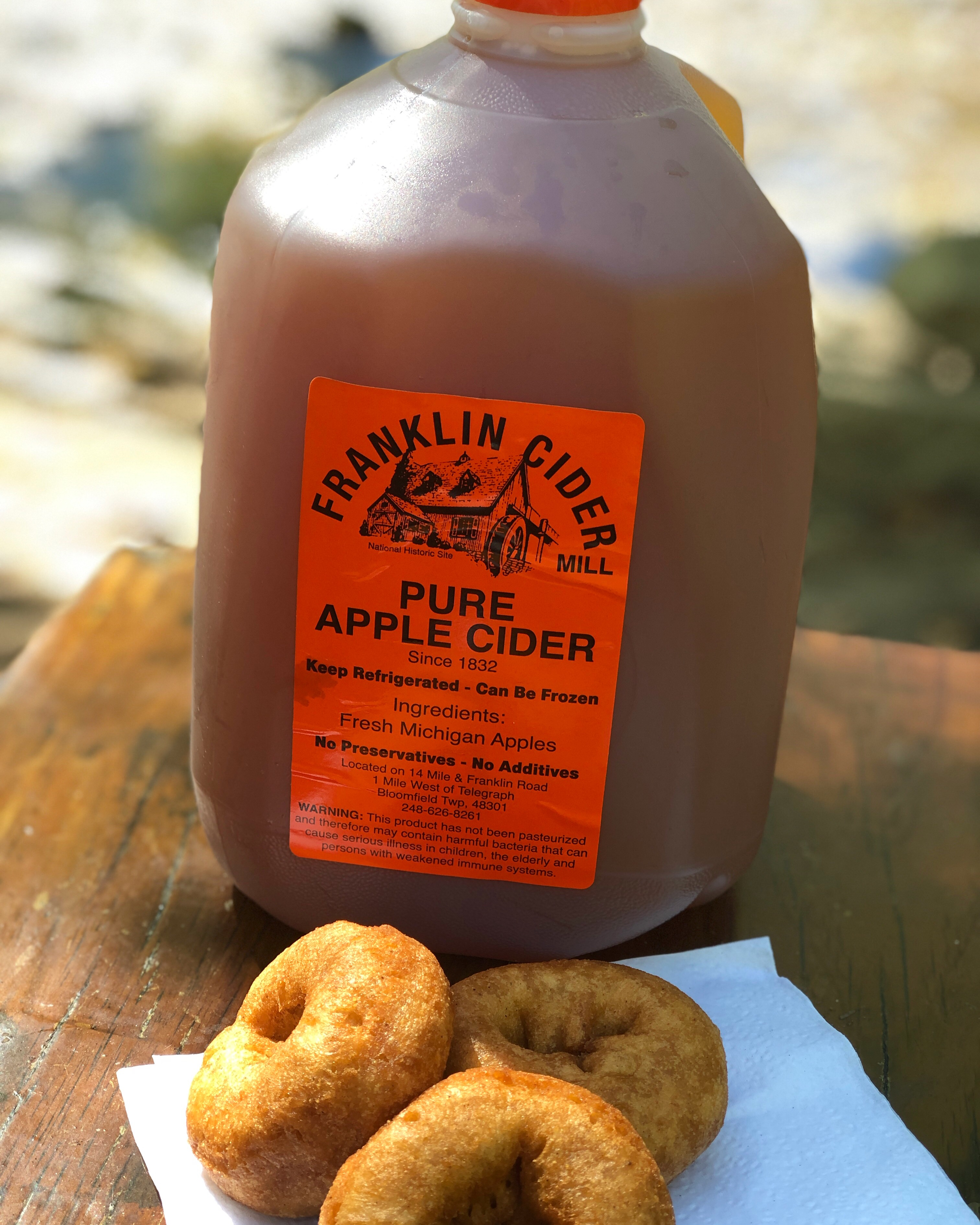 Nothing says hello fall, like going to the cider mill the first time. A  couple of weekends ago, Steve and I had a date day at Franklin Cider Mill.